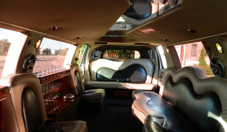 Ford Excursion 13 kohta full