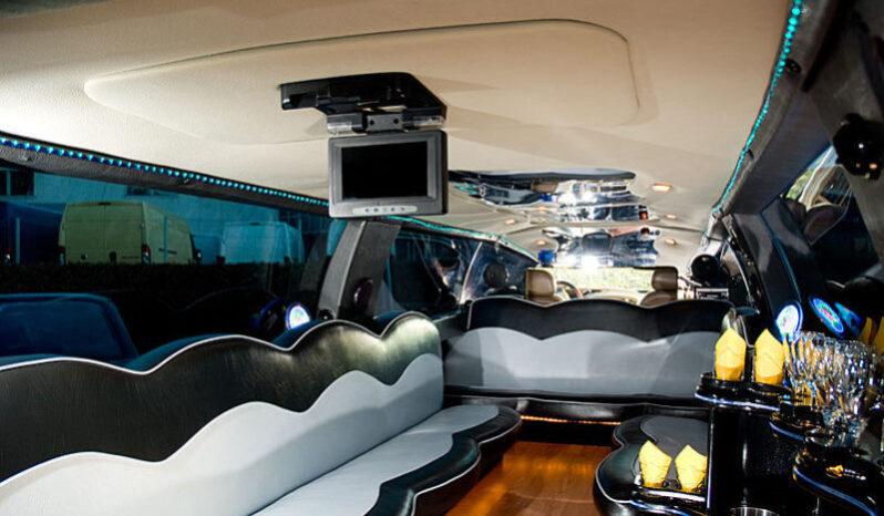 Lincoln Navigator 2 (valge) 13 kohta full