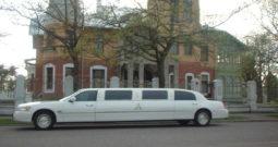 Lincoln Town Car (valge) 8 kohta